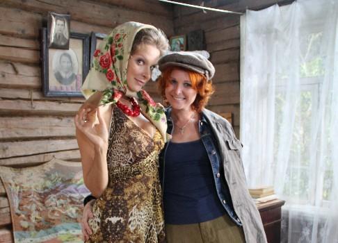 Актеры фильма бабий бунт или война похожие игры на игру симс