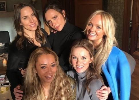 Группа Spice Girls планирует отправиться вмировое турне