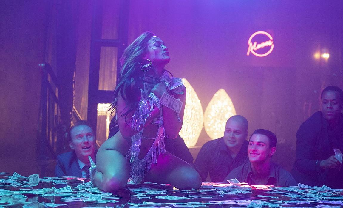 Дженнифер Лопез И Констанс Ву Танцуют Приватный Танец – Стриптизёрши (2020)